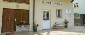 Sattlerei auf-mass Haus Eingang